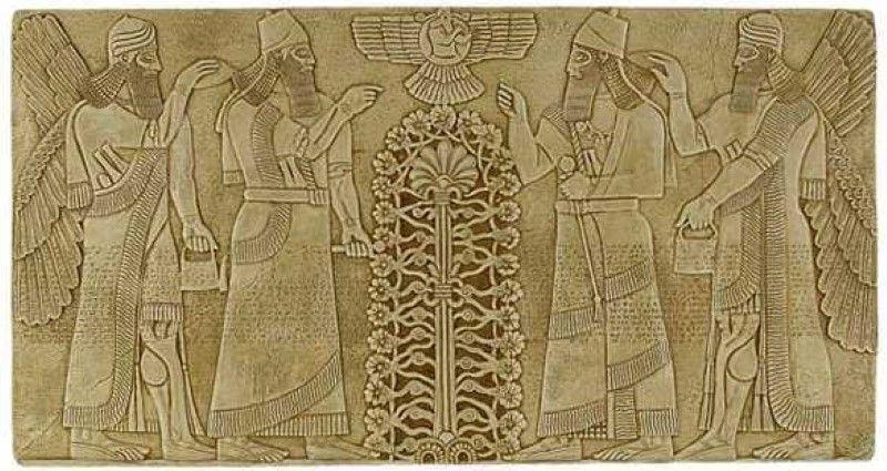 上图:苏美尔(Sumerian)生命树的壁画。「生命树」的记忆存在于各个古代文明之中,以不同的形式出现在古代苏美尔人、埃及人、巴比伦人、亚述人、中国人和印度人的文献里。这从侧面佐证人类的祖先都来自伊甸园。
