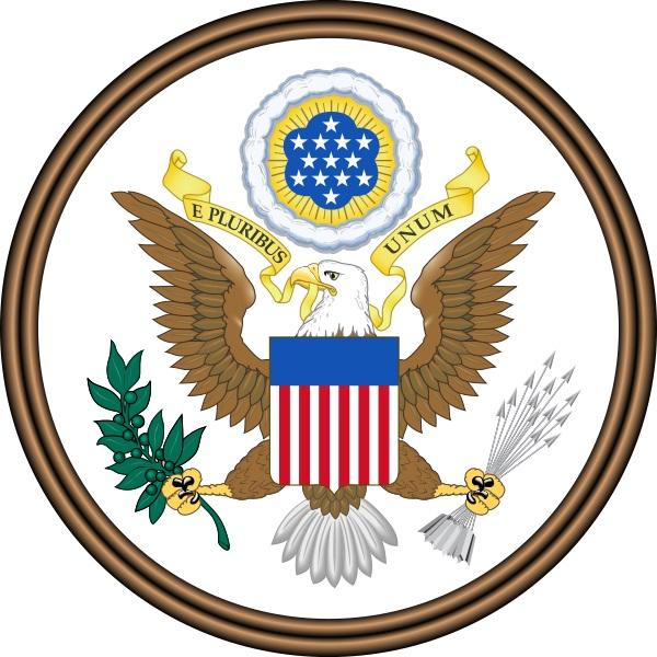 上图:美国国徽是美国国玺(Great Seal of the United States)的正面图案,1782年开始采用。图案中象征美国最初13个州的13颗五角星排列成大卫星的形状,而白头海雕左右爪分别抓着有13棵橄榄的树枝和13支箭,使人联想起雅各的预言:「约瑟是多结果子的树枝,是泉旁多结果的枝子;他的枝条探出墙外。弓箭手将他苦害,向他射箭,逼迫他。但他的弓仍旧坚硬;他的手健壮敏捷。这是因以色列的牧者,以色列的磐石——就是雅各的大能者」(创四十九22-24)。而玛拿西实际上是第13个支派,因此19世纪末作家C. A. L. Totten称之为「玛拿西之玺 Great Seal of Manasseh」。