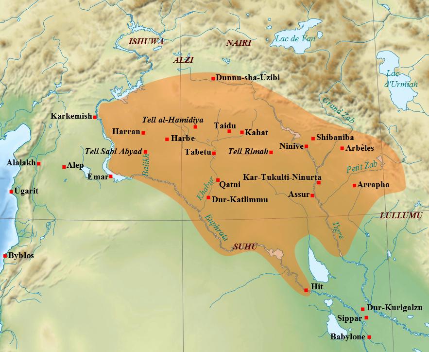 上图:主前743年提革拉·毗列色三世开始扩张之前亚述帝国的核心区域。主前783年阿达德尼拉里三世(Adad-nirari III)死后,亚述陷入四十年的衰落期,失去了对许多附属国的控制权。
