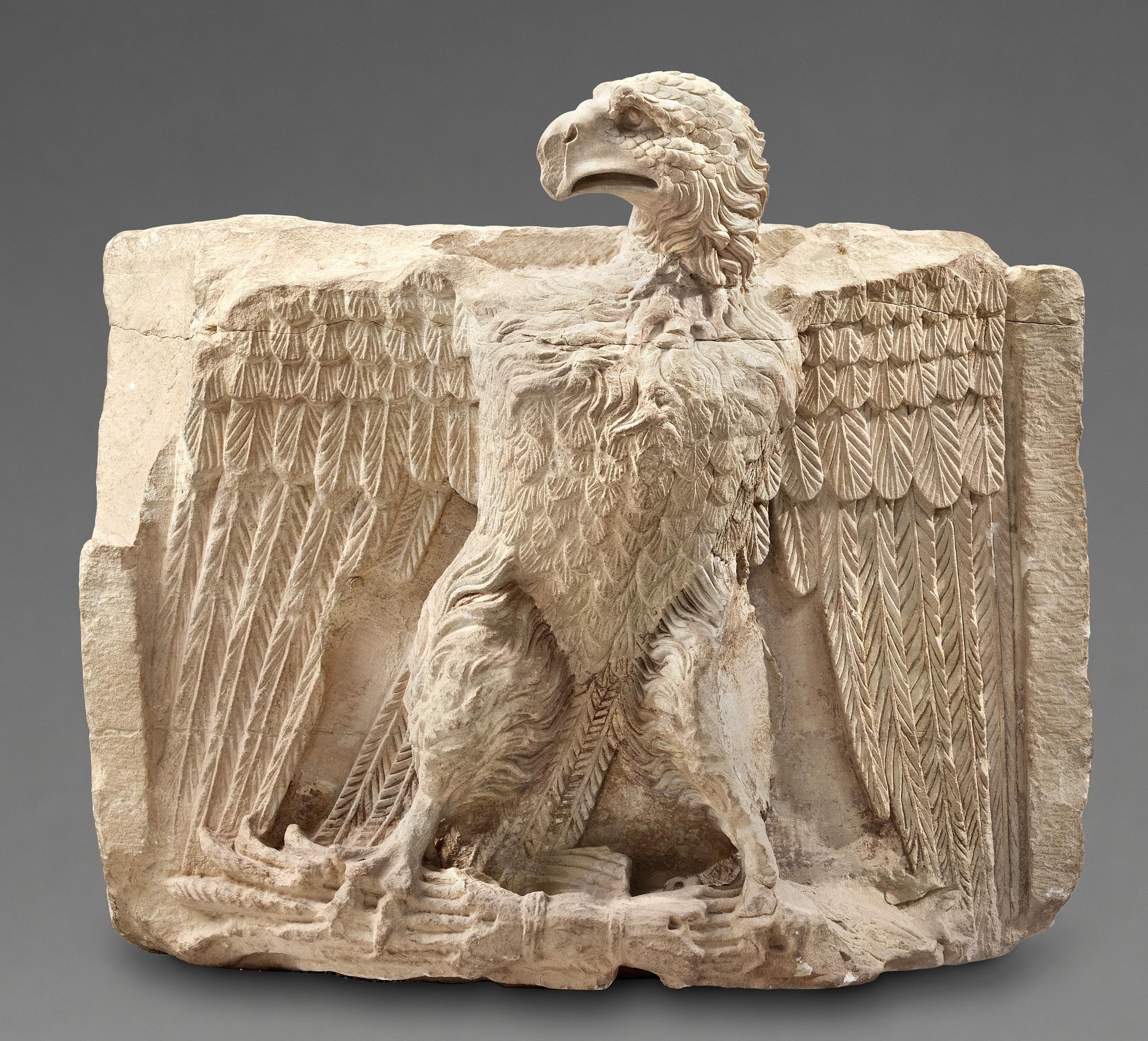 上图:佩特拉出土的大鹰雕像。但这个鹰已经不是以东人的鹰,而是取代以东人的仇敌耶四十九22。